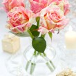 Arrangment of pink roses — Stock fotografie