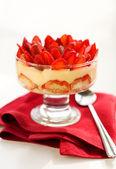 Strawberry tiramisu — Stock Photo