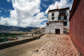 Monastery near city of Leh — Stock Photo