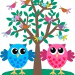 Two owls — Stock Vector #7704454