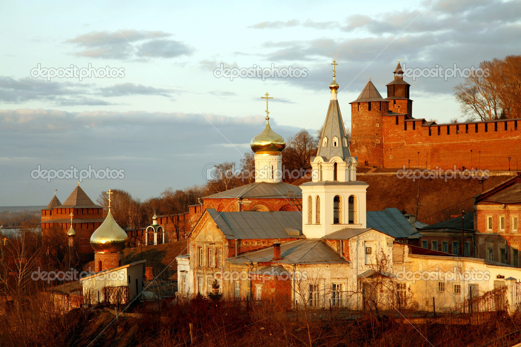 Church of Elijah the Prophet and Kremlin. Nizhny Novgorod, Russia. — Stock Photo #7668045