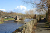 Old bridge over the river Esk in Musselburgh — Stock Photo
