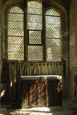 Sunlight on linen fold altar in Trinity church York — Photo