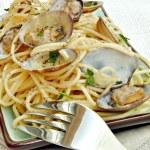 Sphaguetti con almejas — Stock Photo
