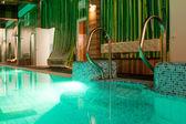 Luxury swimming pool — Stock Photo