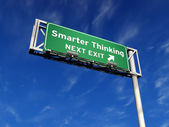 Smarter Thinking - Freeway Exit Sign — Stock Photo