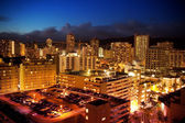 City View of Waikiki, Oahu, Hawaii at Night — Stock Photo