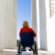 Woman Wheelchair Lincoln Memorial Washington USA - Foto Stock