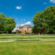 Single Family Georgian House Home Lawn Fence USA — Stock Photo