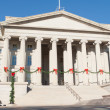 Treasury Building Decorated Christmas Red Bows DC — Stok fotoğraf