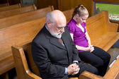 Senior Caucasian Man Woman Praying Church Pew — Stock Photo