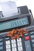 マシン腎臓豆カウンター杭を追加会計 — ストック写真
