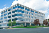 Modern Cube Shaped Office Building Parking Lot MD — Stock Photo