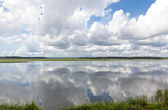 Dramatic Puffy White Clouds Reflected Smooth May River Bluffton — Stock Photo
