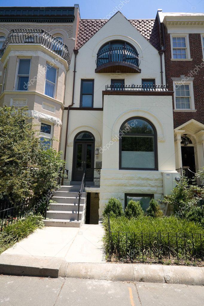Painted Richardsonian Romanesque Row House Dc Usa Stock