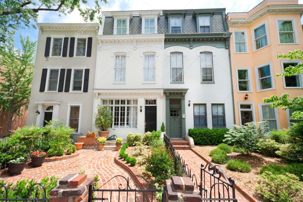 Tidy Second Empire Style Row Homes, Brick Path, Washington DC — Stock Photo #7897250
