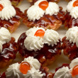 Small cupcakes with cream and cherry #2 — Foto Stock