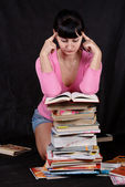 Reading student girl — Stock Photo