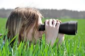 Girl observing Nature — Stockfoto