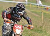 UHLIRSKE JANOVICE, CZECH REPUBLIC – OCTOBER 01: Unidentified rider in the national enduro cross championship on October 01, 2011 in Uhlirske Janovice, Czech Rep — Stock Photo