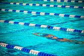 Nageur sous l'eau — Photo