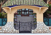Entrance to the Spanish villa — ストック写真