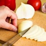 Onion cutting — Stock Photo