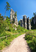 Footpath in bohemian paradise, Prachovske skaly — Stock Photo