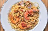 Spaghetti pasta with seafood — Stock Photo