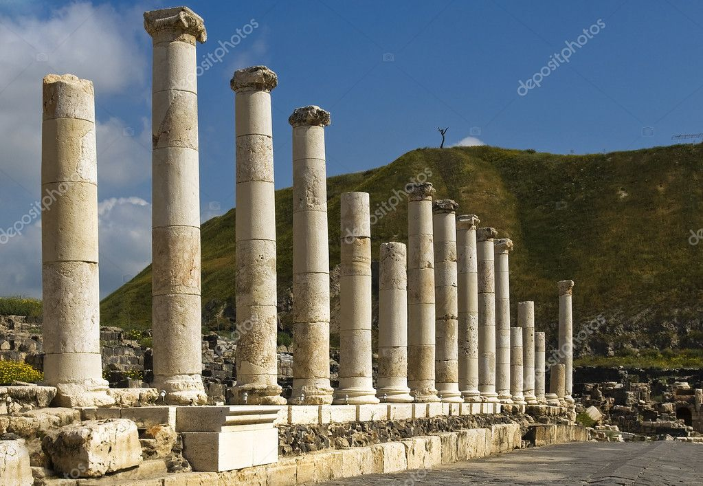 Roman archaeological site of Beit Shean Israel — Stock Photo #7912881