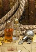 Fläschchen mit Parfüm Öle