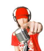 DJ s mikrofonem