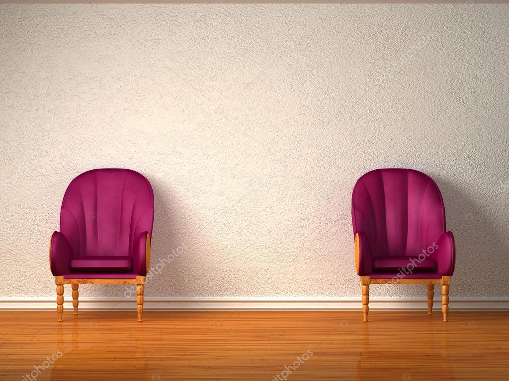 Twee luxe stoelen in minimalistische interieur u stockfoto