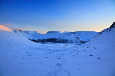 Sunrise in the arctic mountains