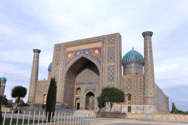 Sher-Dor Madrasah