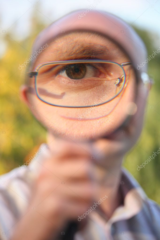 Through magnifier