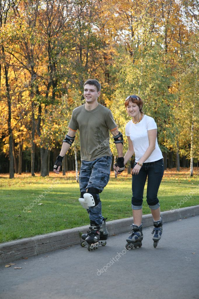 Roller couple