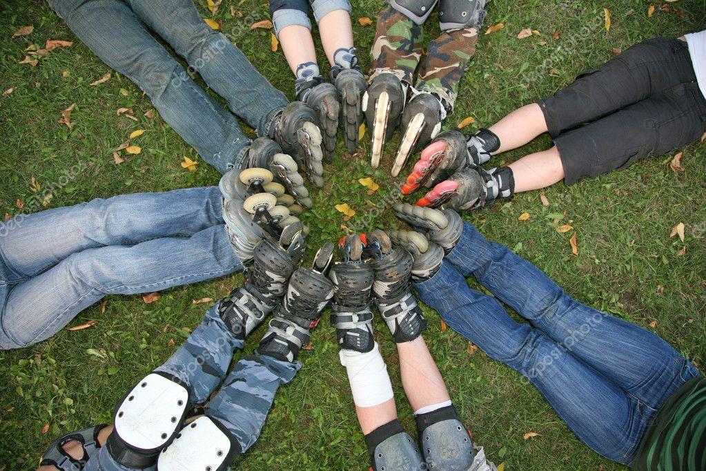 Group circle roller skates