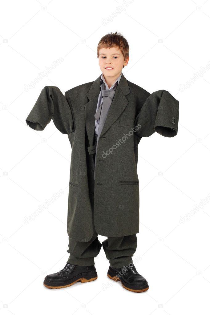huge discount 14995 3ef61 Kleiner Junge in der großen grauen Mannes Anzug und Stiefel ...