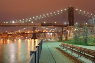 Park near Brooklyn bridge