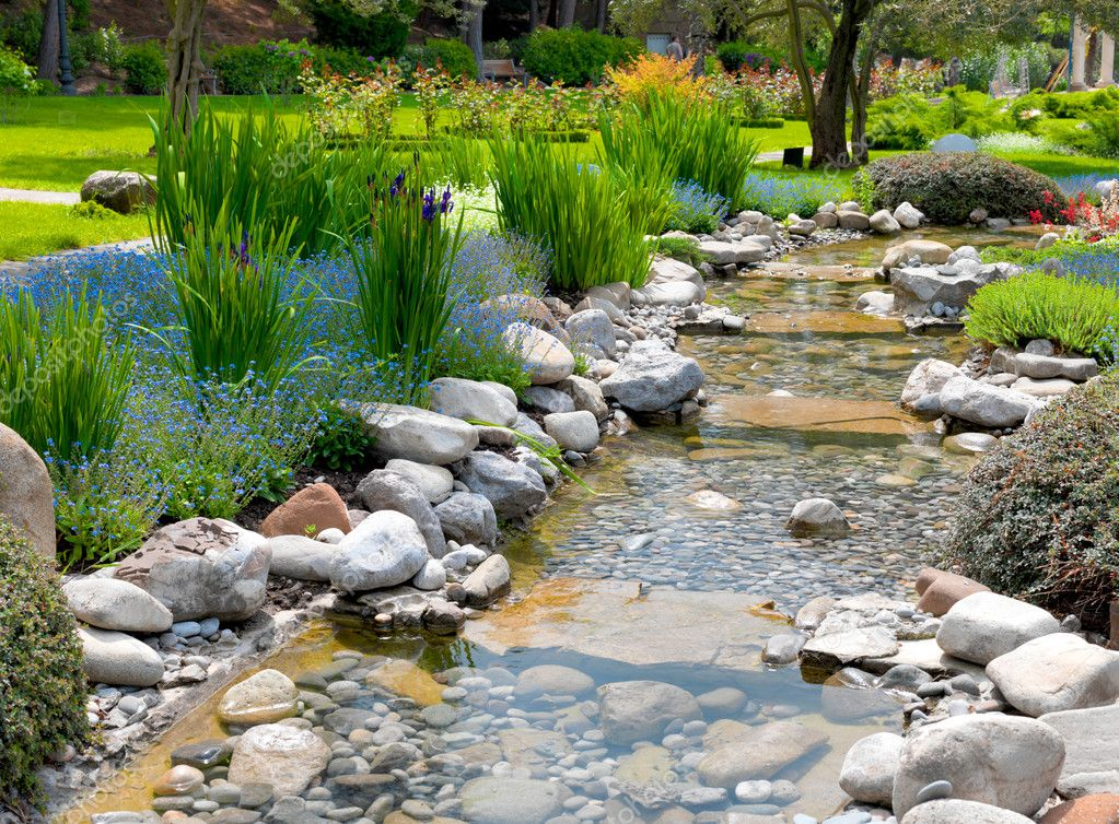 Garden with pond in asian style stock photo smaglov - Profondeur d un bassin de jardin ...
