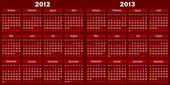 Kalendář tmavě červené barvy