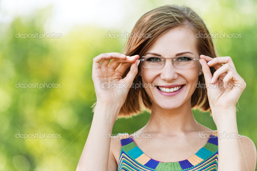 Portrait beautiful young woman funny glasses