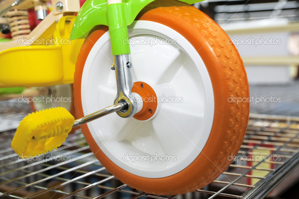 Wheel with pedals