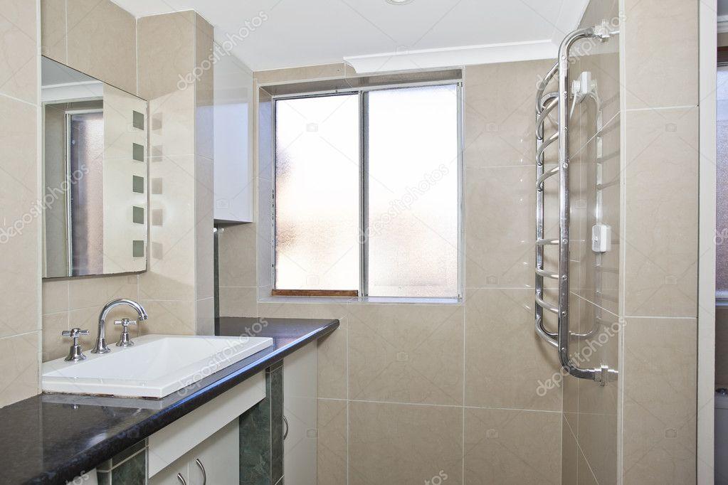 cuarto de baño moderno con estilo — Foto de stock © cmeder #7195631