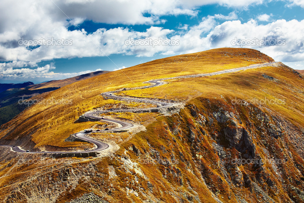 Transalpina road crossing the mountains