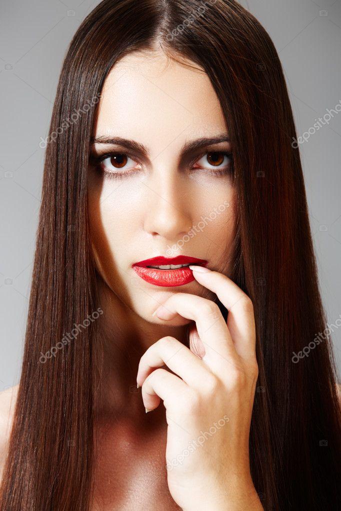 Woman Modell Mit Roten Lippen Mode Frisur Mit Glatte Lange Haare