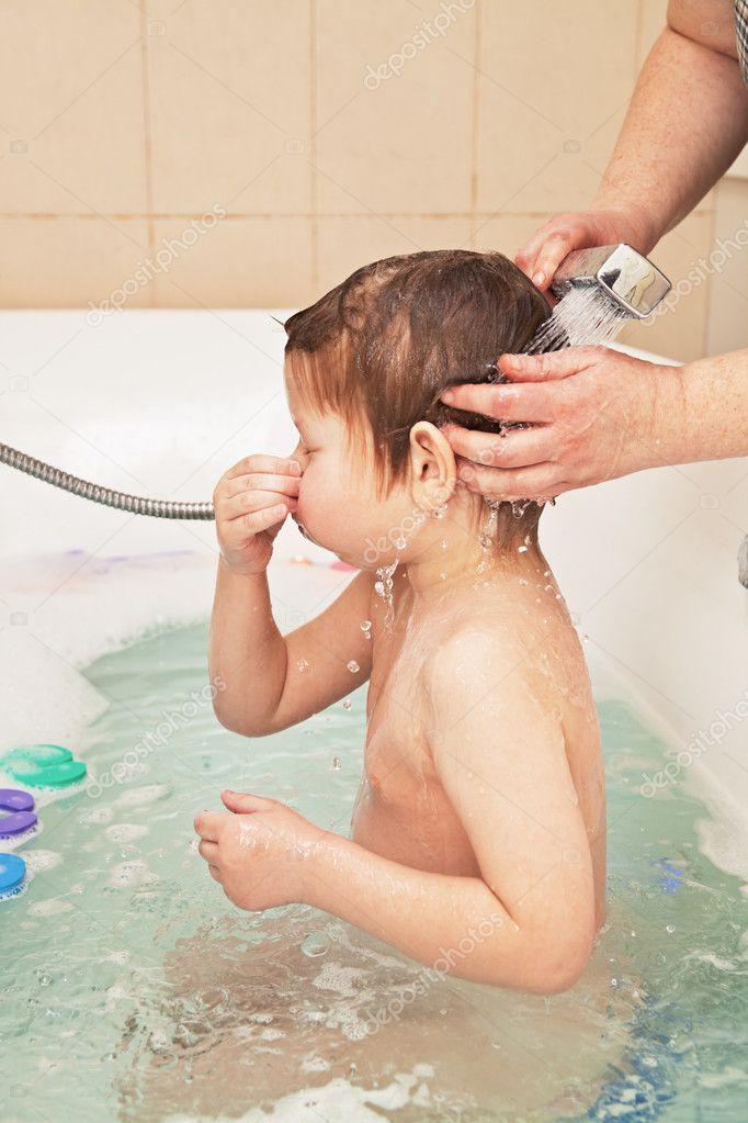 фото мама ванной