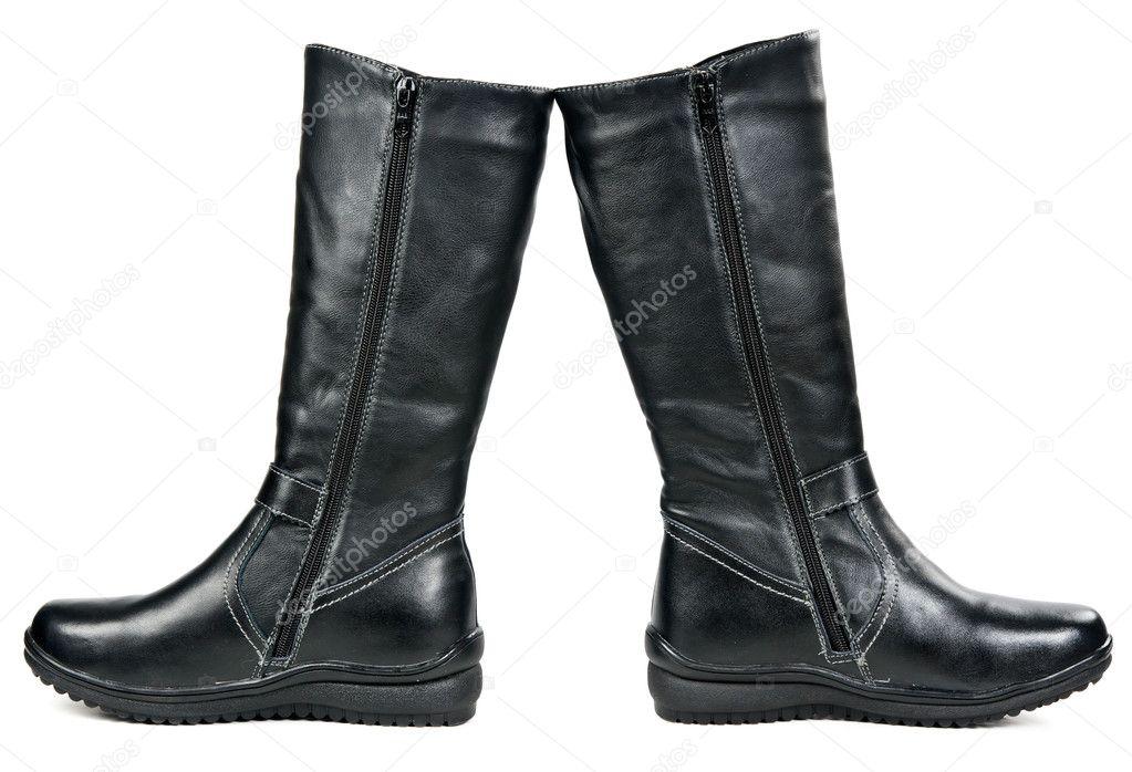 c2f1ddfdf428c0 Пару чорні шкіряні жіночі зимові чоботи ізольовані на білому фоні — Фото  від ...