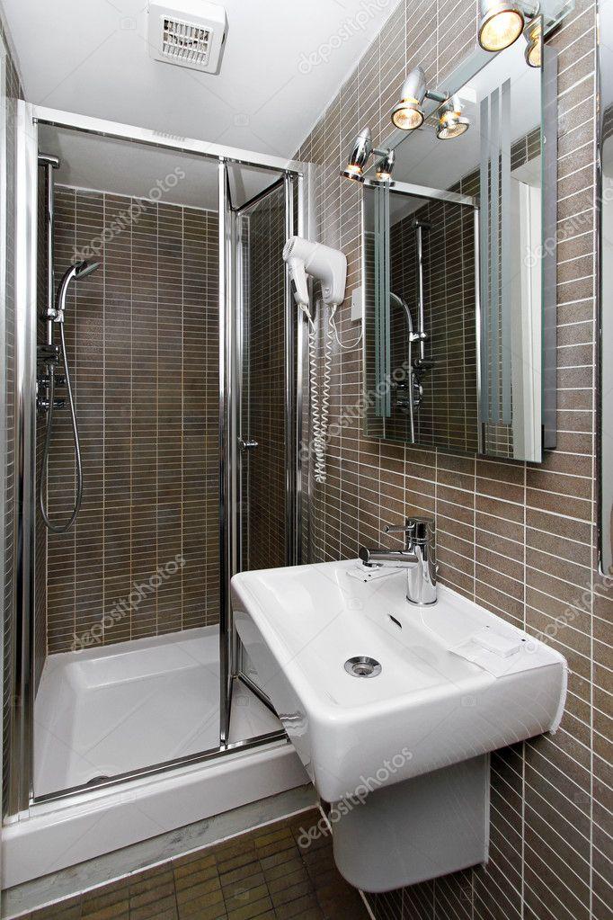 kleine badkamer — Stockfoto © Baloncici #7949056